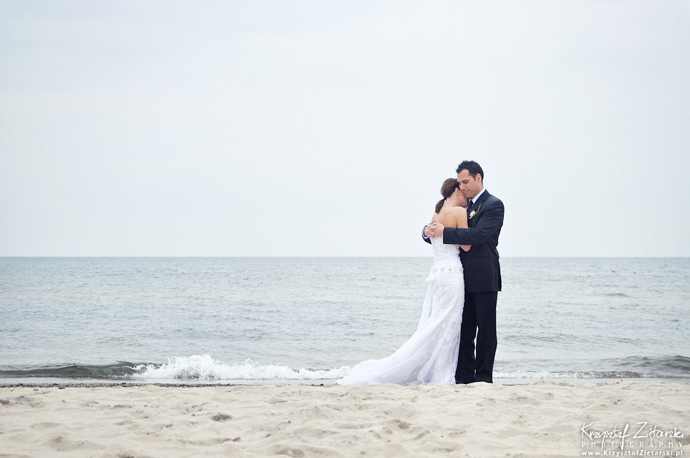 Wedding session at beach - EU Destination Wedding Photography
