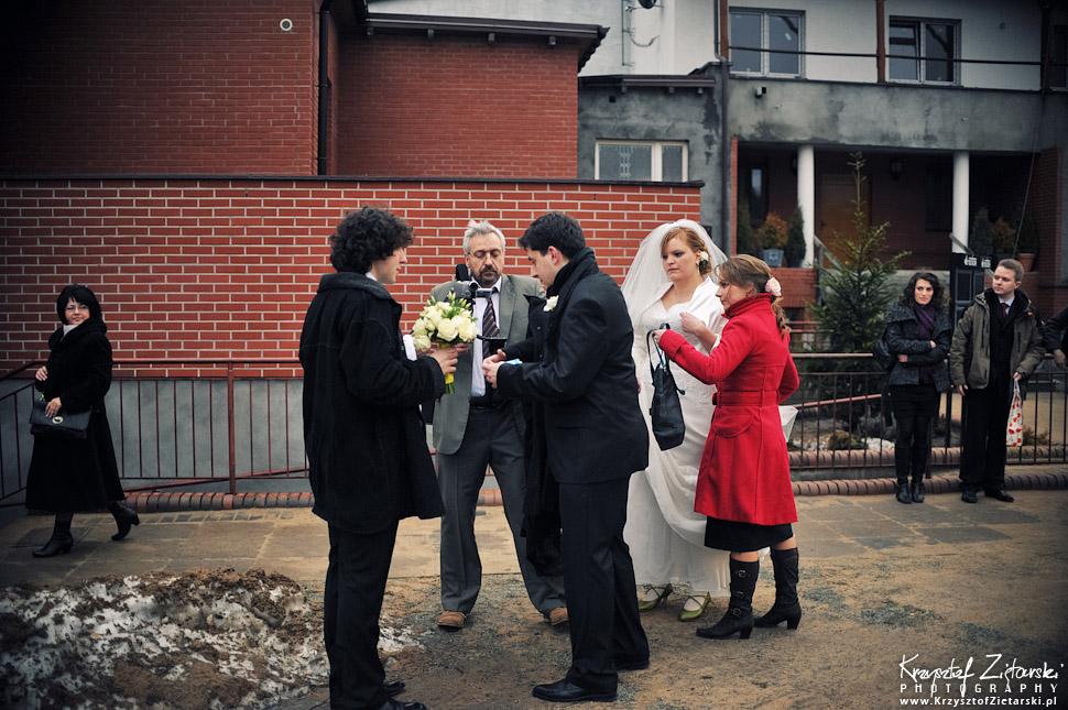 Fotografia ślubna Toruń - ślub zimą
