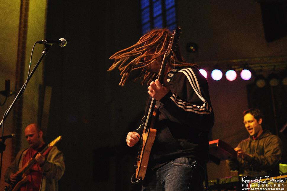 Zdjęcia z koncertu Maleo Reggae Rockers w Gdańsku, kościół św.Trójcy - franciszkanie