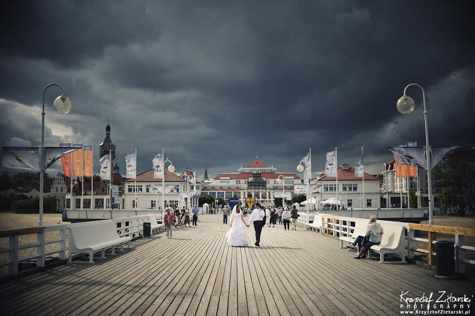 Plener ślubny z chmurami Sopot