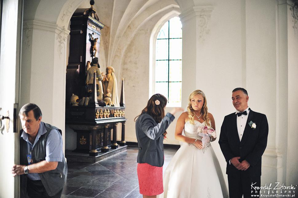 Ślub Marty i Dave'a - ślub polsko-angielski w Gdańsku, fotografia ślubna Gdańsk, Villa Eva - 17.