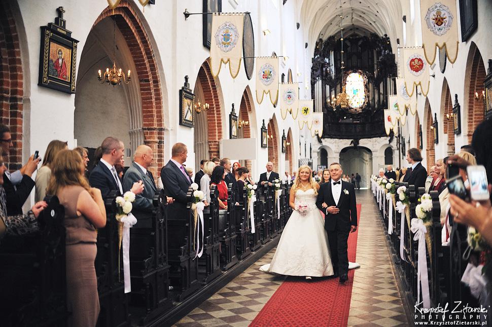 Ślub Marty i Dave'a - ślub polsko-angielski w Gdańsku, fotografia ślubna Gdańsk, Villa Eva - 19.