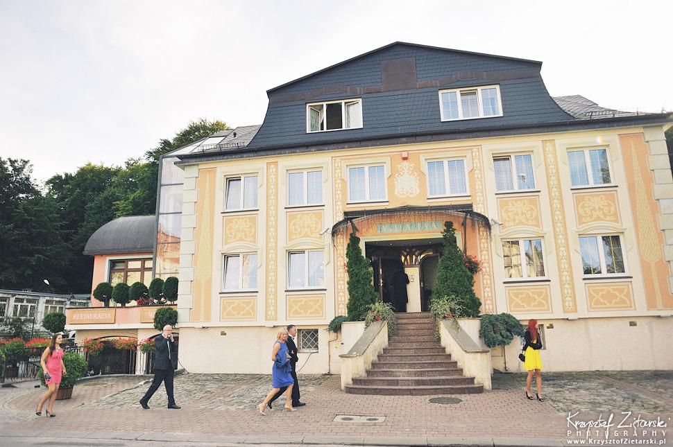 Ślub Marty i Dave'a - ślub polsko-angielski w Gdańsku, fotografia ślubna Gdańsk, Villa Eva - 43.