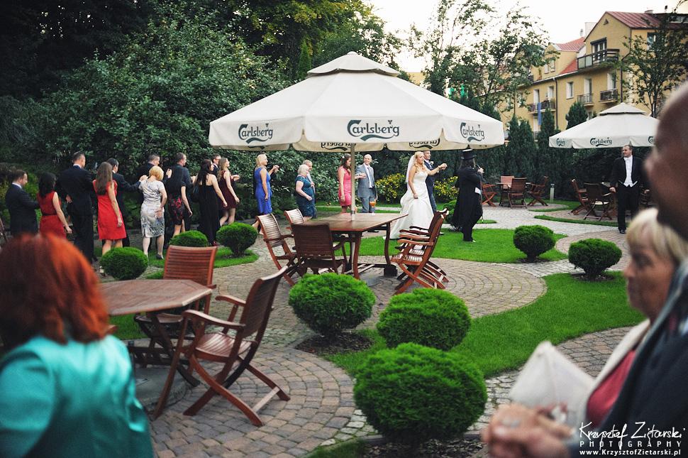 Ślub Marty i Dave'a - ślub polsko-angielski w Gdańsku, fotografia ślubna Gdańsk, Villa Eva - 74.