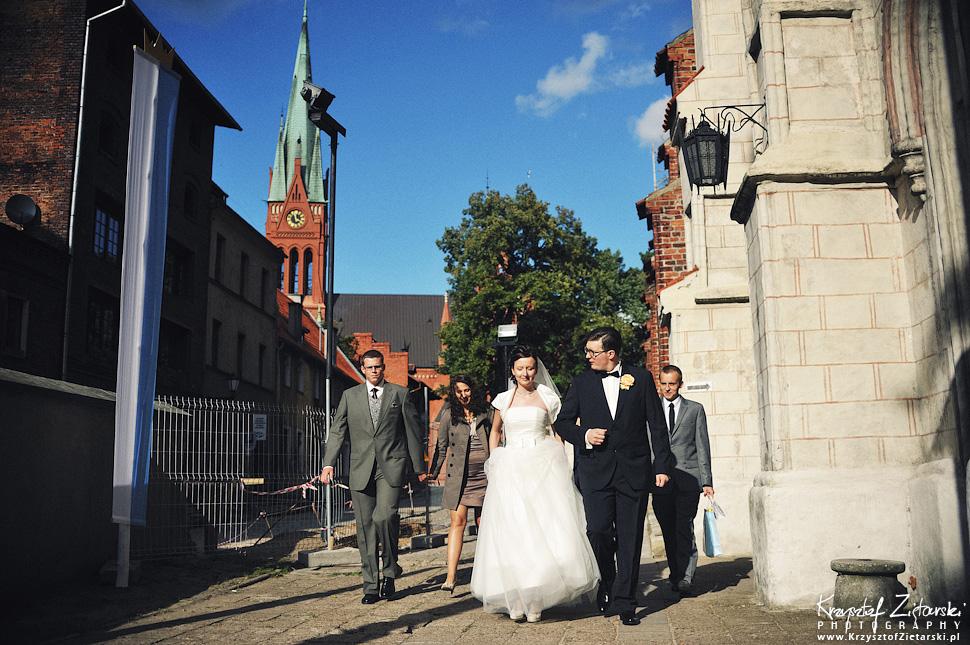 Ślub Kamili i Łukasza - fotografia ślubna Toruń, wesele Hotel 1231, Kościół św.Jakuba - 13.