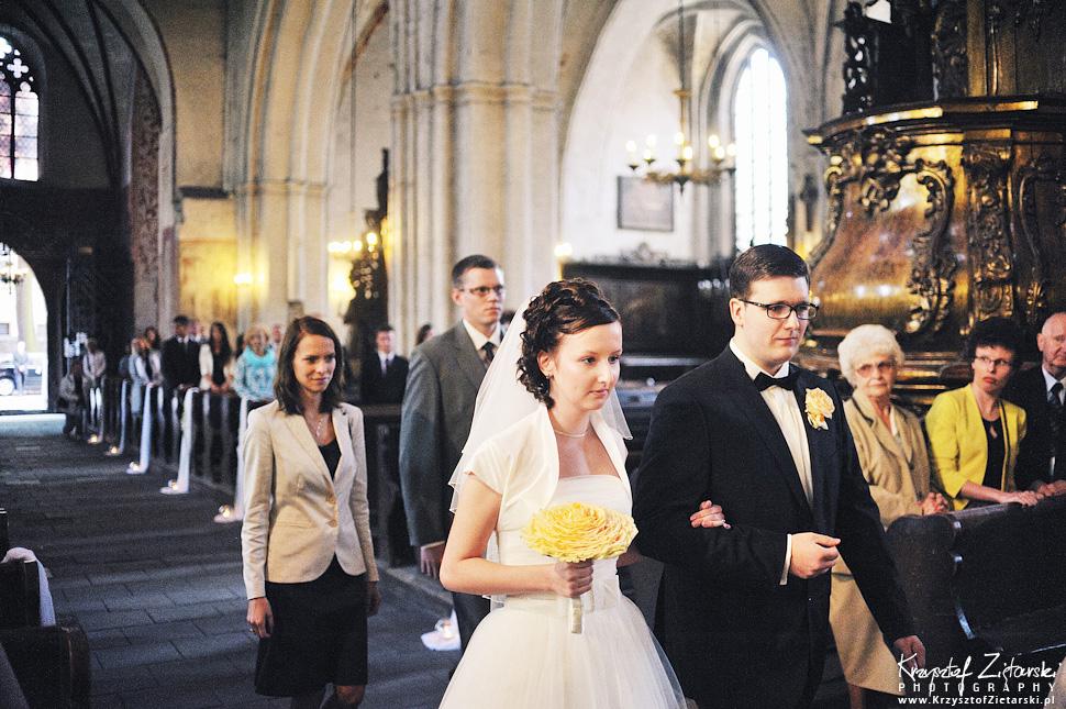 Ślub Kamili i Łukasza - fotografia ślubna Toruń, wesele Hotel 1231, Kościół św.Jakuba - 15.