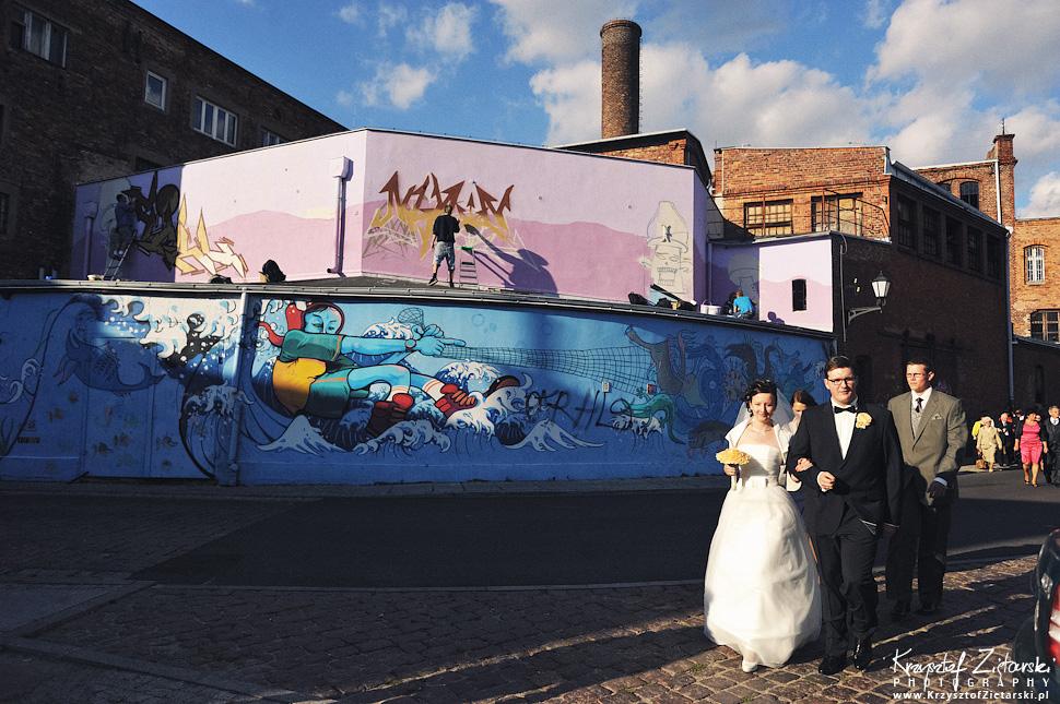 Ślub Kamili i Łukasza - fotografia ślubna Toruń, wesele Hotel 1231, Kościół św.Jakuba - 40.