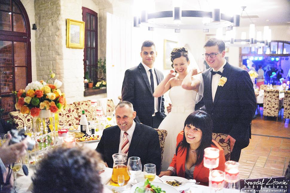 Ślub Kamili i Łukasza - fotografia ślubna Toruń, wesele Hotel 1231, Kościół św.Jakuba - 77.