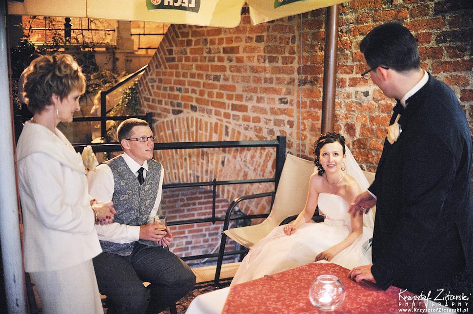 Ślub Kamili i Łukasza - fotografia ślubna Toruń, wesele Hotel 1231, Kościół św.Jakuba - 79.