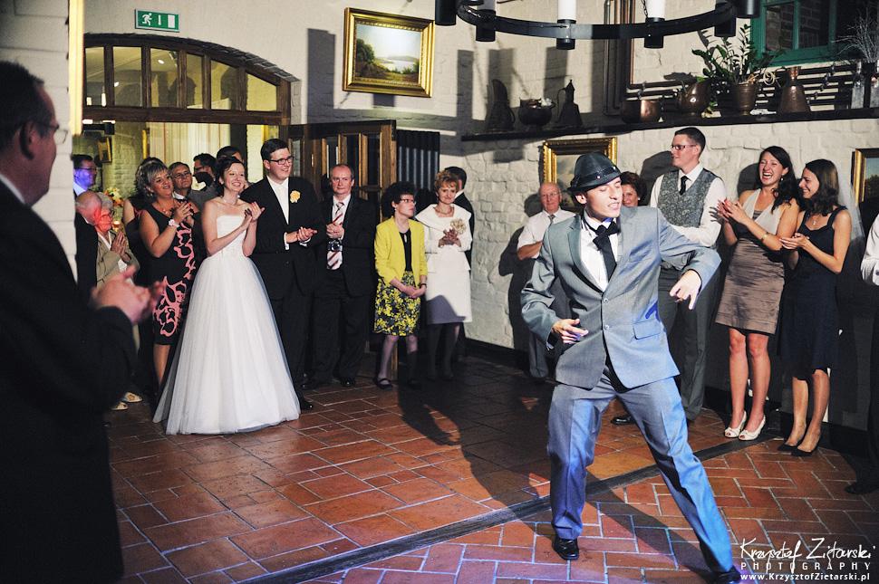 Ślub Kamili i Łukasza - fotografia ślubna Toruń, wesele Hotel 1231, Kościół św.Jakuba - 111.