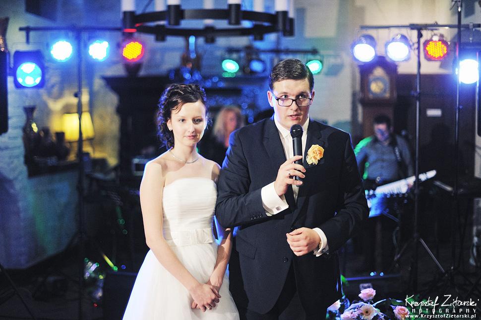 Ślub Kamili i Łukasza - fotografia ślubna Toruń, wesele Hotel 1231, Kościół św.Jakuba - 122.