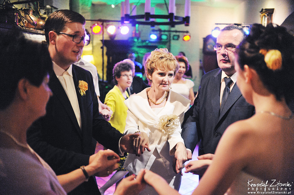 Ślub Kamili i Łukasza - fotografia ślubna Toruń, wesele Hotel 1231, Kościół św.Jakuba - 126.