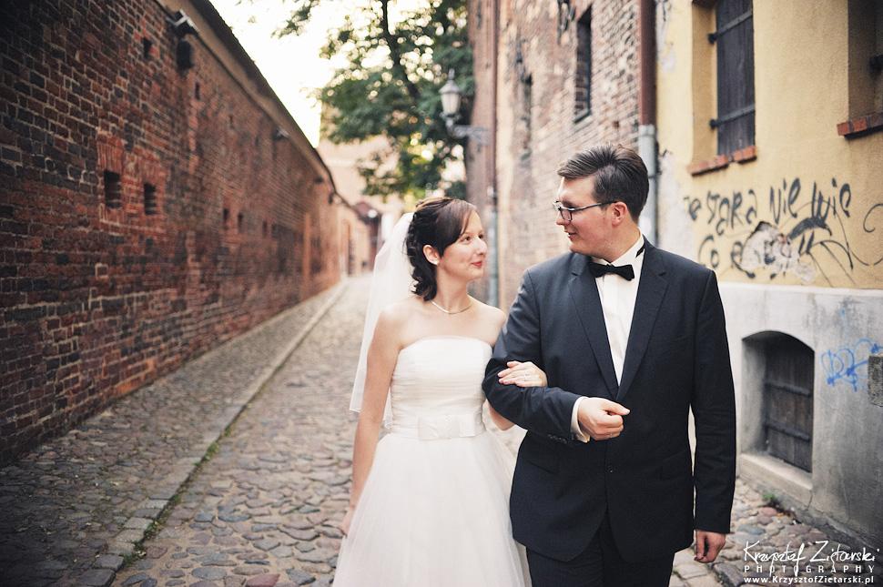 Ślub Kamili i Łukasza - fotografia ślubna Toruń, wesele Hotel 1231, Kościół św.Jakuba - 144.