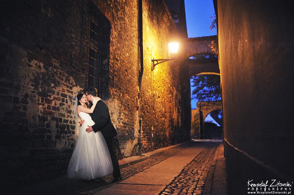 Ślub Kamili i Łukasza - fotografia ślubna Toruń, wesele Hotel 1231, Kościół św.Jakuba - 152.