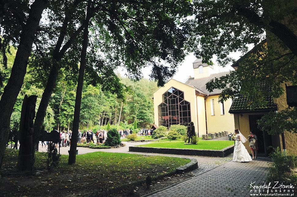 Ślub Doroty i Mateusza - fotografia ślubna Gdańsk, wesele Hotel Amber, ślub w Matemblewie - 14.
