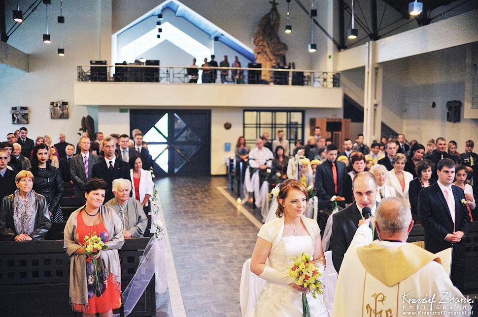 Ślub Doroty i Mateusza - fotografia ślubna Gdańsk, wesele Hotel Amber, ślub w Matemblewie - 24.