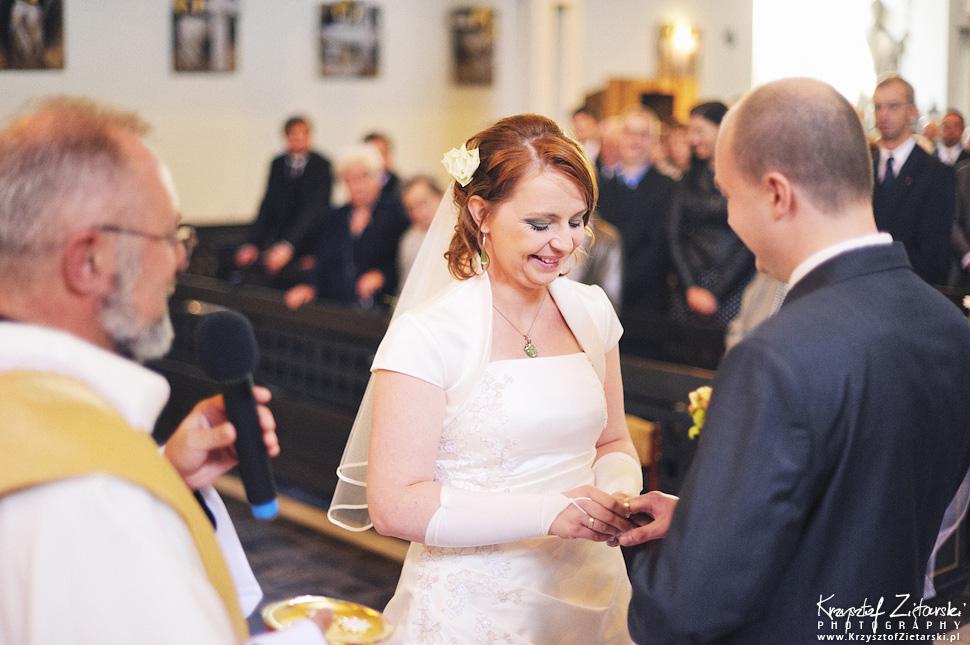 Ślub Doroty i Mateusza - fotografia ślubna Gdańsk, wesele Hotel Amber, ślub w Matemblewie - 29.