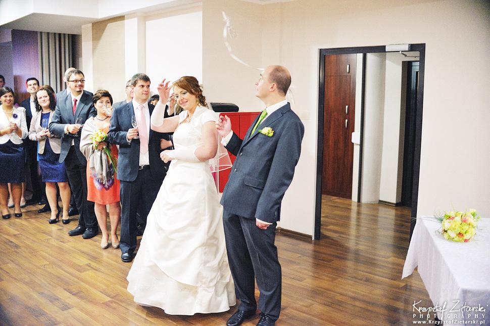 Ślub Doroty i Mateusza - fotografia ślubna Gdańsk, wesele Hotel Amber, ślub w Matemblewie - 58.