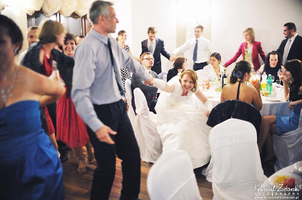 Ślub Doroty i Mateusza - fotografia ślubna Gdańsk, wesele Hotel Amber, ślub w Matemblewie - 71.