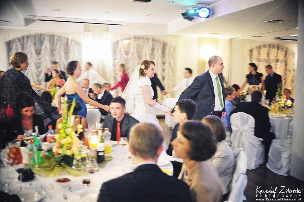 Ślub Doroty i Mateusza - fotografia ślubna Gdańsk, wesele Hotel Amber, ślub w Matemblewie - 72.