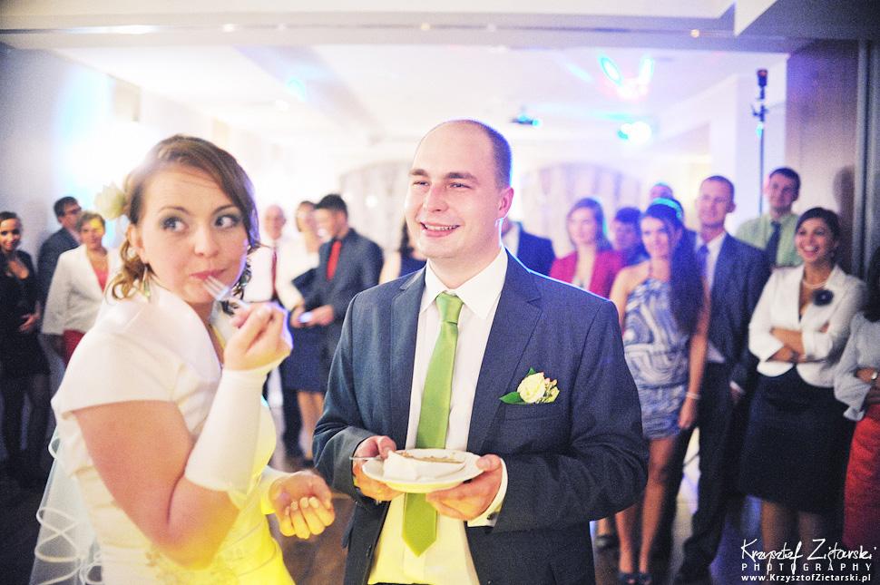 Ślub Doroty i Mateusza - fotografia ślubna Gdańsk, wesele Hotel Amber, ślub w Matemblewie - 77.