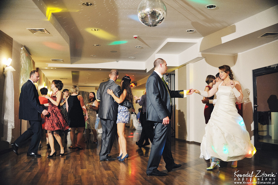 Ślub Doroty i Mateusza - fotografia ślubna Gdańsk, wesele Hotel Amber, ślub w Matemblewie - 80.