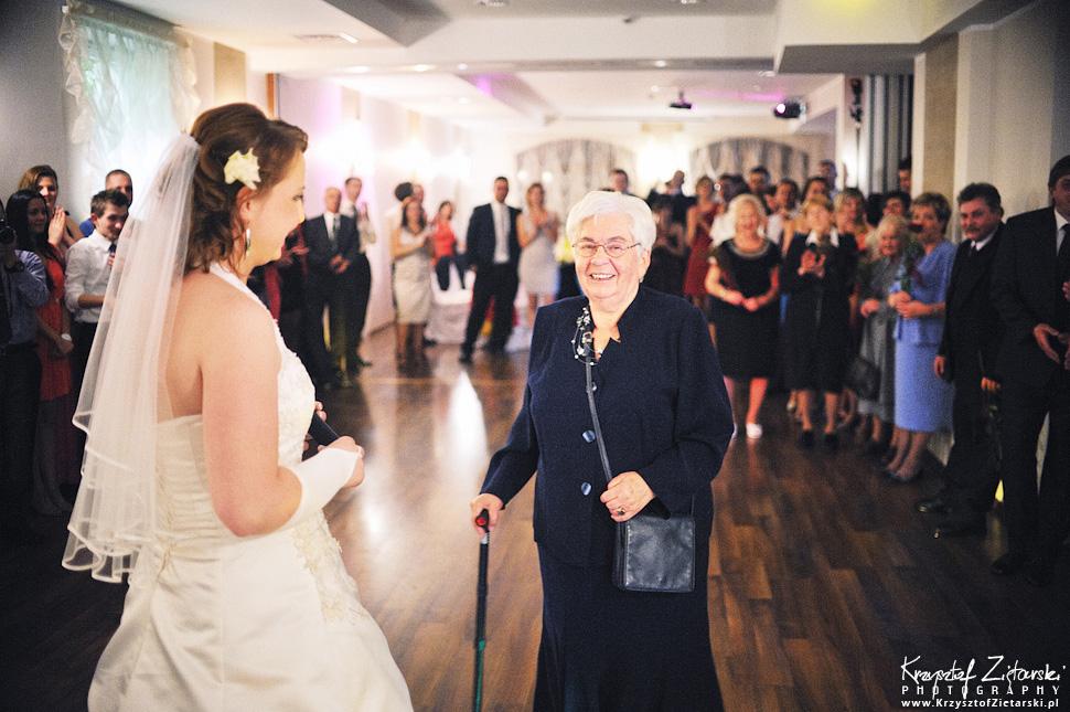 Ślub Doroty i Mateusza - fotografia ślubna Gdańsk, wesele Hotel Amber, ślub w Matemblewie - 98.