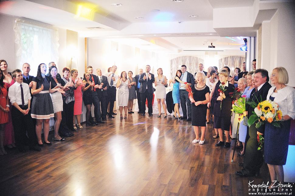 Ślub Doroty i Mateusza - fotografia ślubna Gdańsk, wesele Hotel Amber, ślub w Matemblewie - 101.