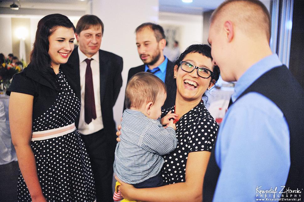 Ślub Doroty i Mateusza - fotografia ślubna Gdańsk, wesele Hotel Amber, ślub w Matemblewie - 105.