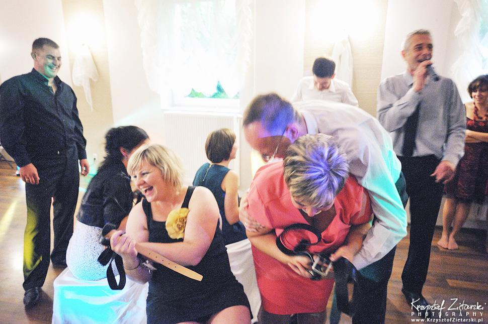 Ślub Doroty i Mateusza - fotografia ślubna Gdańsk, wesele Hotel Amber, ślub w Matemblewie - 108.