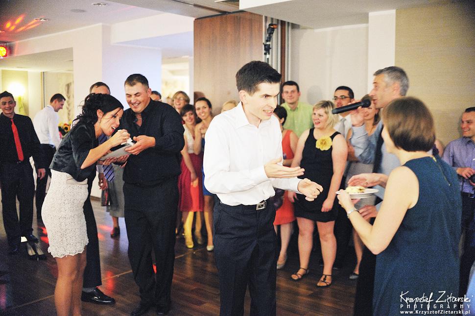 Ślub Doroty i Mateusza - fotografia ślubna Gdańsk, wesele Hotel Amber, ślub w Matemblewie - 109.
