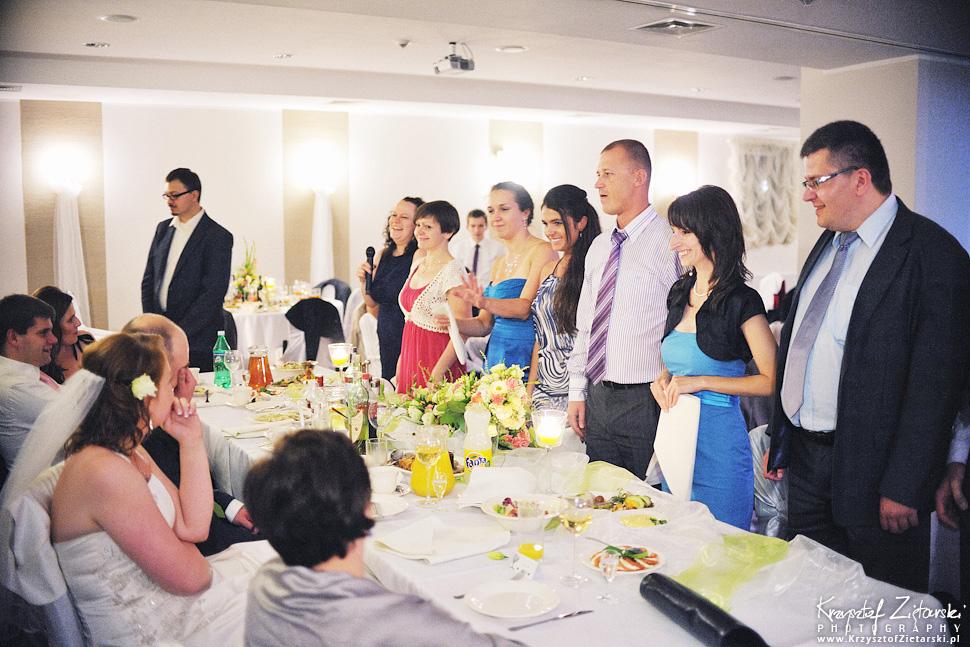Ślub Doroty i Mateusza - fotografia ślubna Gdańsk, wesele Hotel Amber, ślub w Matemblewie - 112.