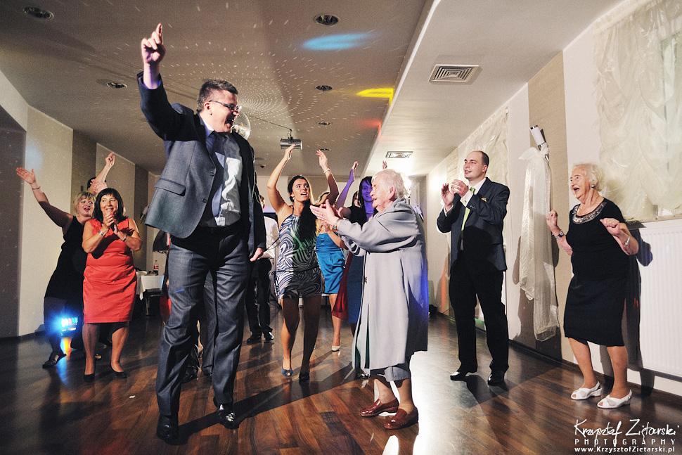 Ślub Doroty i Mateusza - fotografia ślubna Gdańsk, wesele Hotel Amber, ślub w Matemblewie - 117.