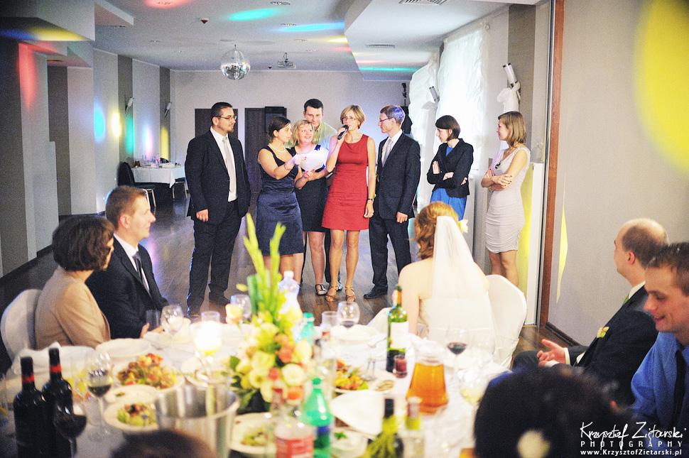 Ślub Doroty i Mateusza - fotografia ślubna Gdańsk, wesele Hotel Amber, ślub w Matemblewie - 119.
