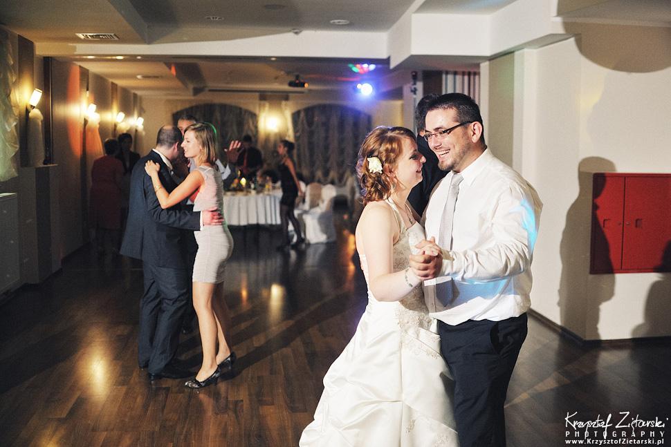 Ślub Doroty i Mateusza - fotografia ślubna Gdańsk, wesele Hotel Amber, ślub w Matemblewie - 136.