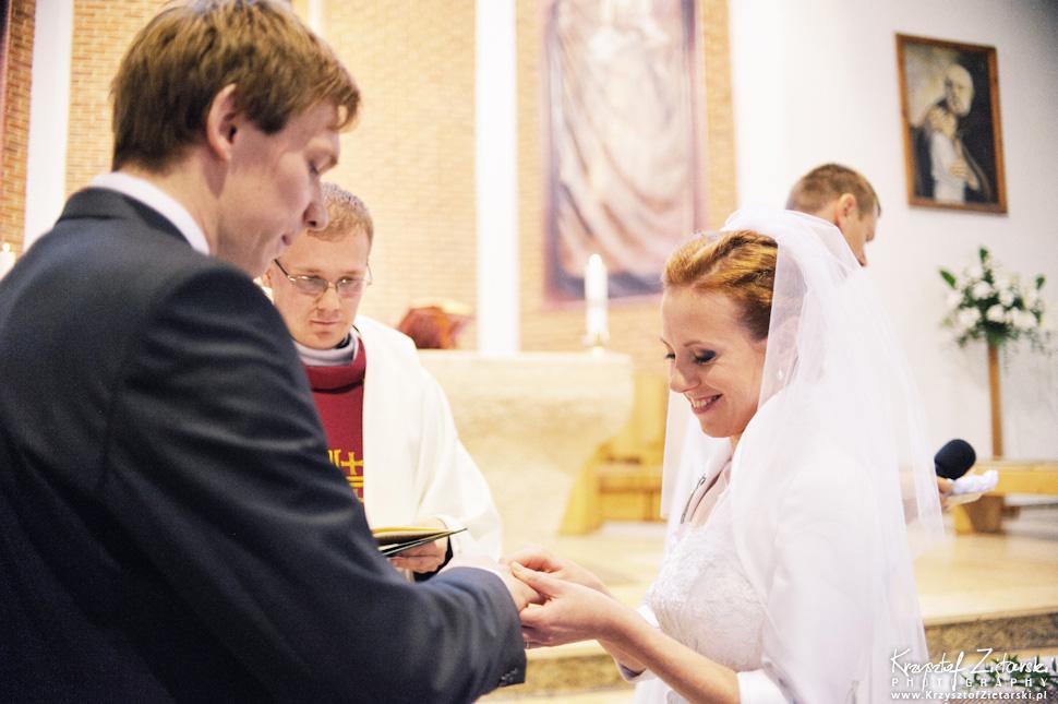 Ślub Oli i Romana - fotografia ślubna Gdańsk, wesele Chata Myśliwska Straszyn - 23.