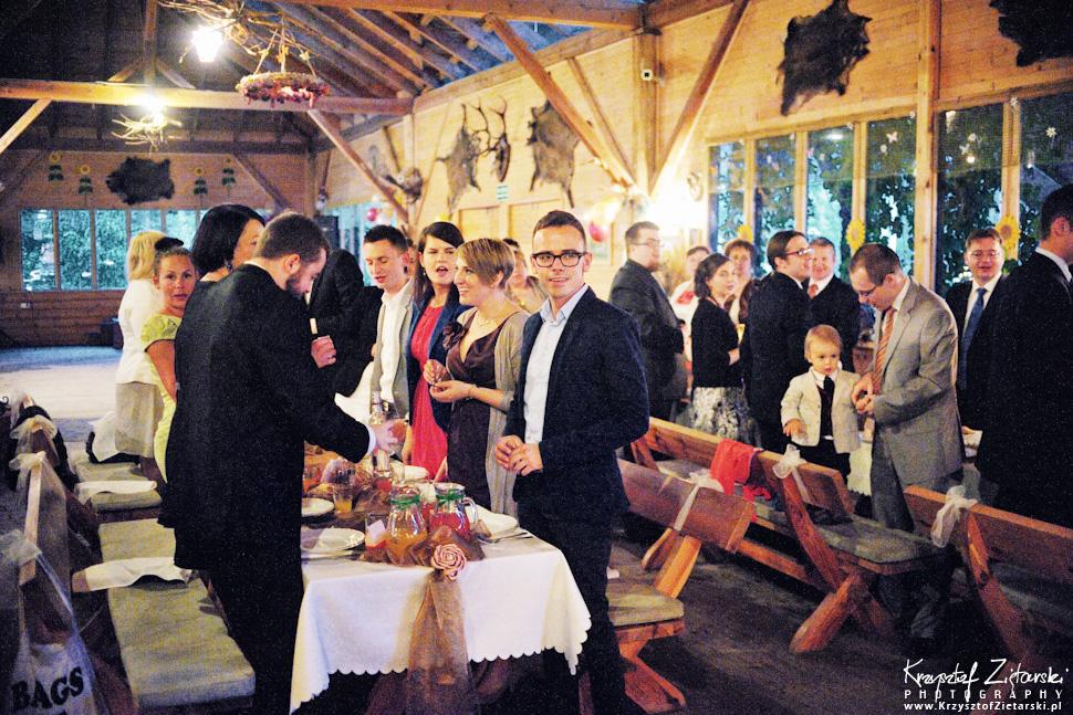 Ślub Oli i Romana - fotografia ślubna Gdańsk, wesele Chata Myśliwska Straszyn - 49.