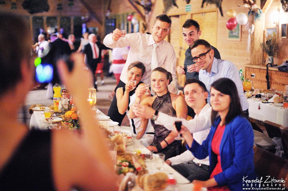 Ślub Oli i Romana - fotografia ślubna Gdańsk, wesele Chata Myśliwska Straszyn - 98.