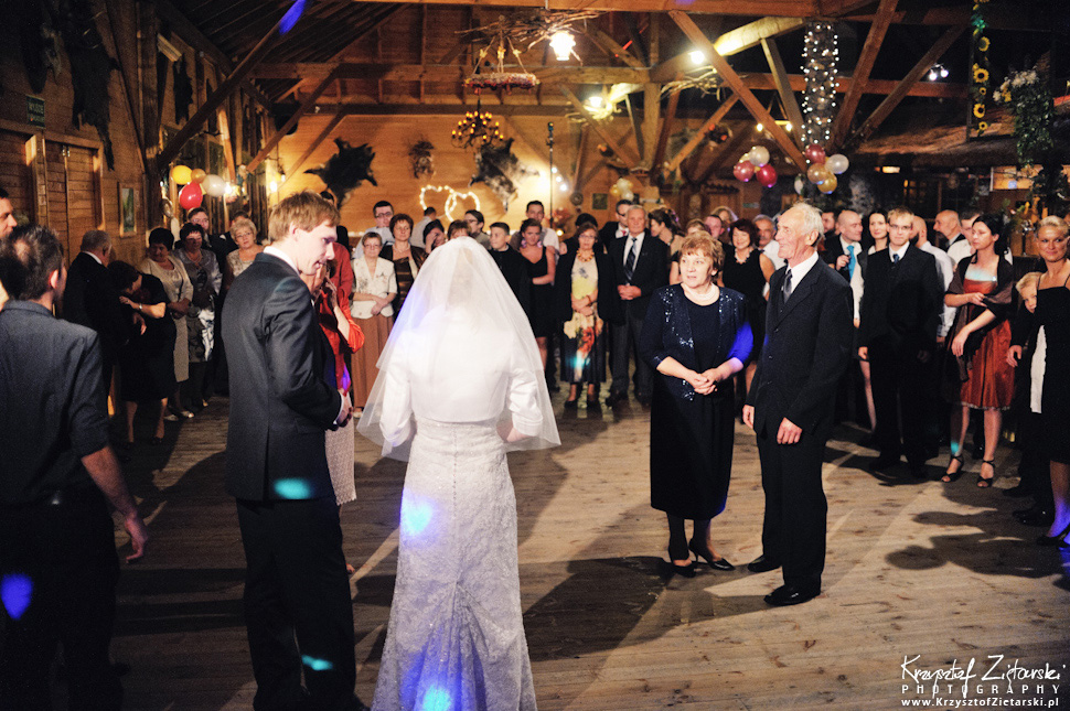 Ślub Oli i Romana - fotografia ślubna Gdańsk, wesele Chata Myśliwska Straszyn - 117.