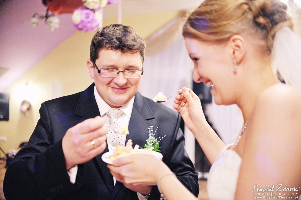 Ślub Kasi i Szymona - fotografia ślubna Gdańsk - wesele Pod Łabędziem, Kiełpino - 99.